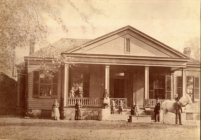 Early Picture of Bed and Breakfast near Natchez Trace